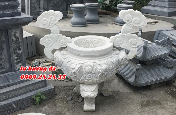 Lư hương bằng đá trắng