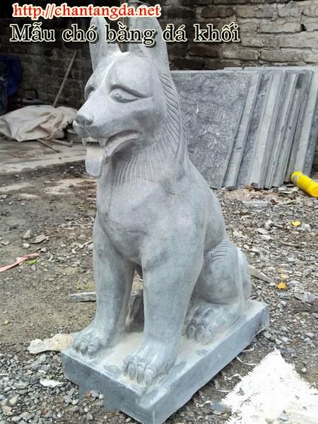 Tượng chó bằng đá xanh đen