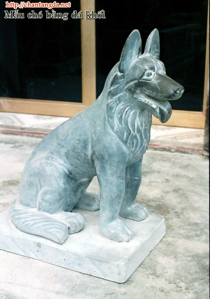 Mẫu chó bằng đá hiện đại