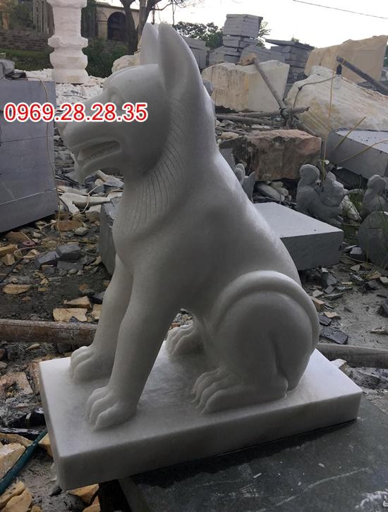 Chó đá kích thước cao 70cm, rộng 30cm,dia 50 cm