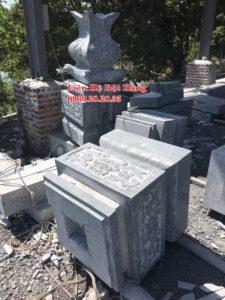 đế đá cổng làng